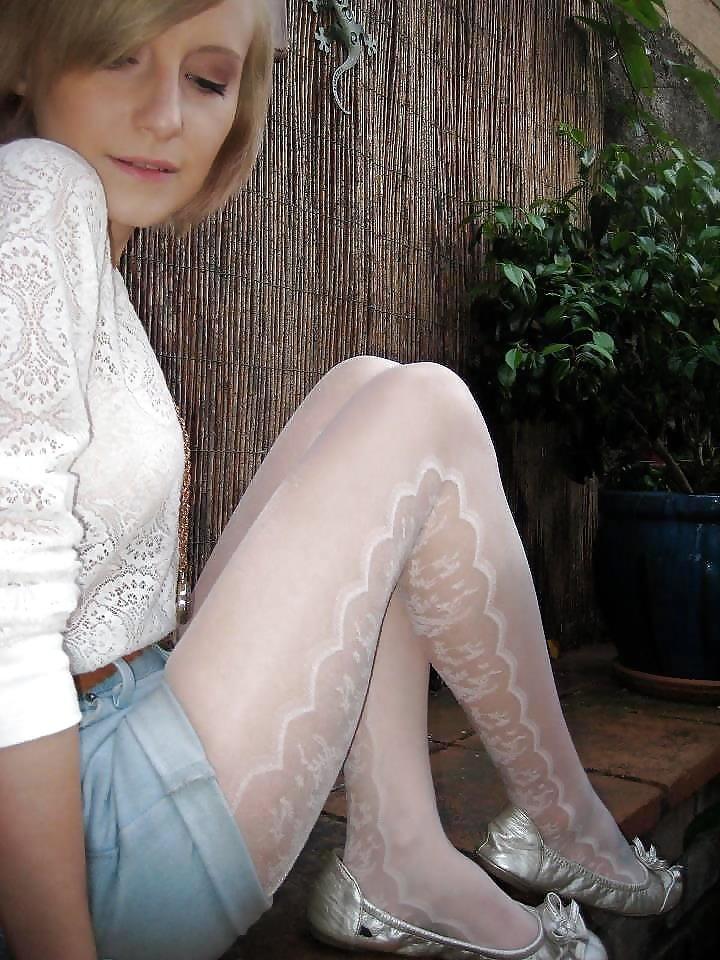 touching-her-white-pantyhose-teen