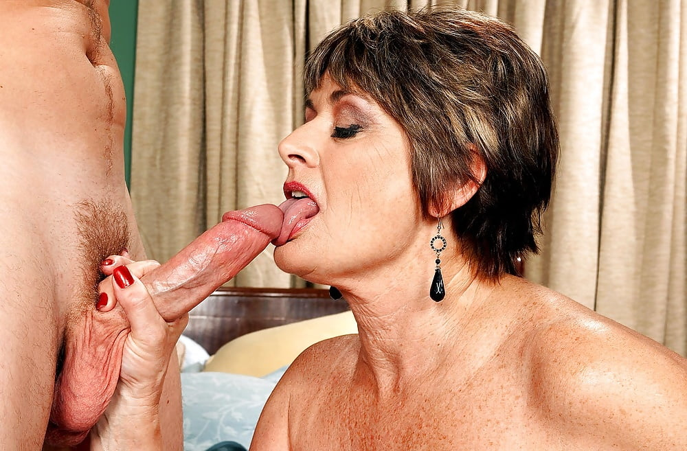 Mature short haired latina sex pix — img 8