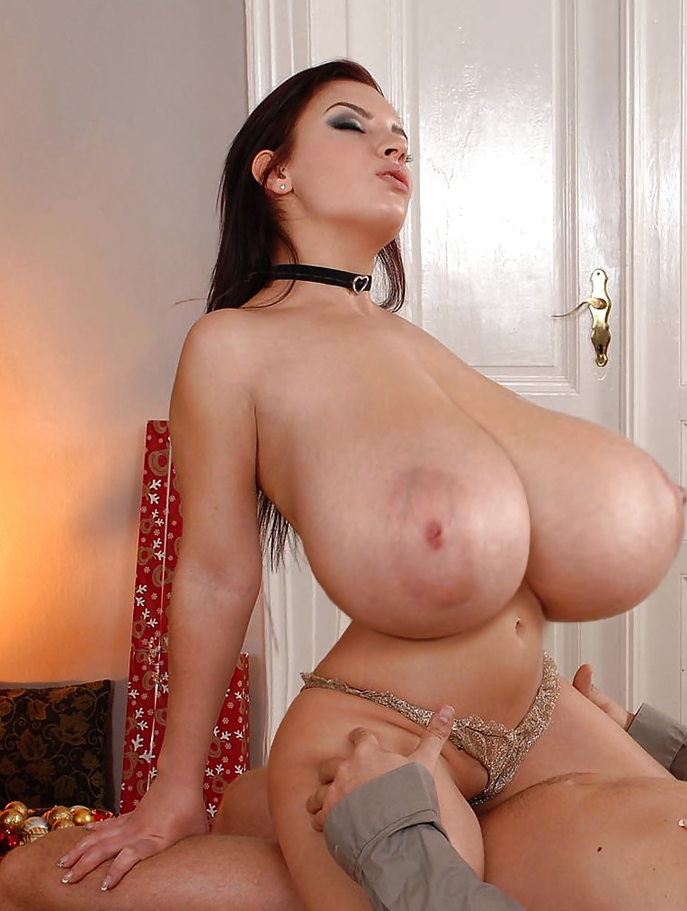 модели порно с огромными грудями данный