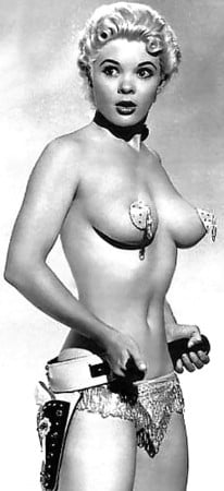 mature and vintage burlesque performers