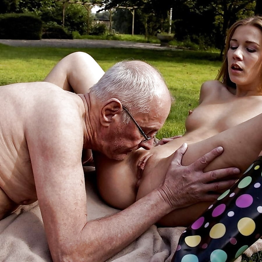 Grandpa fuck hot nude model