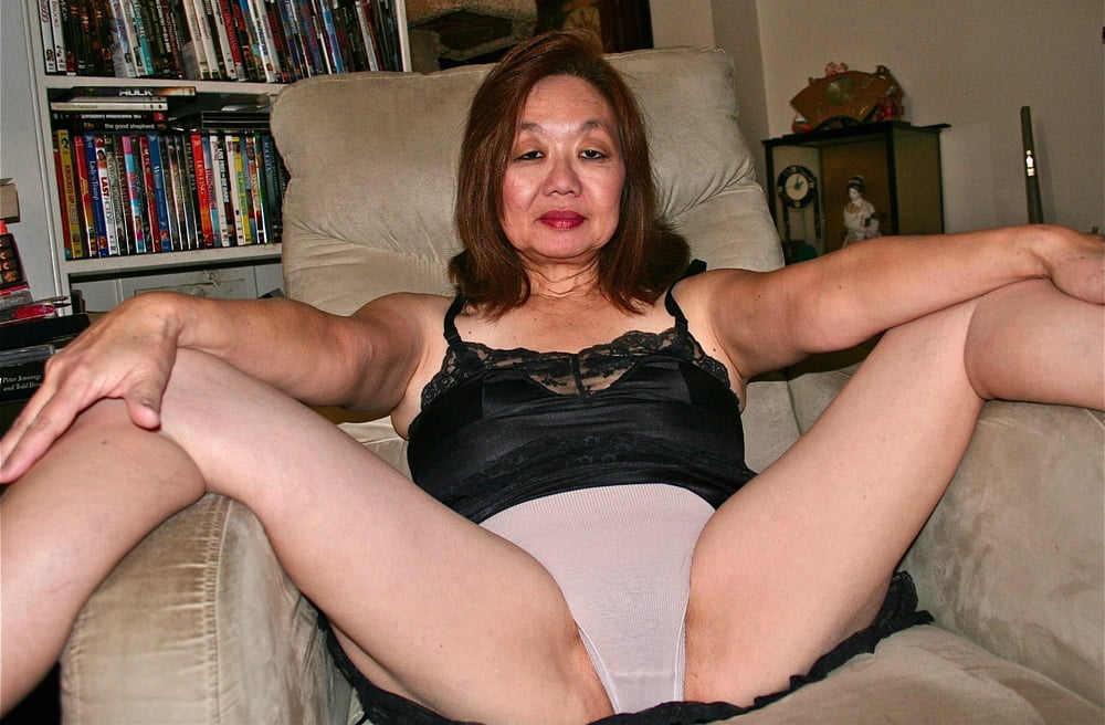 free-porn-pictures-of-women-in-their-panties-how-to-please-your-wife-sexually