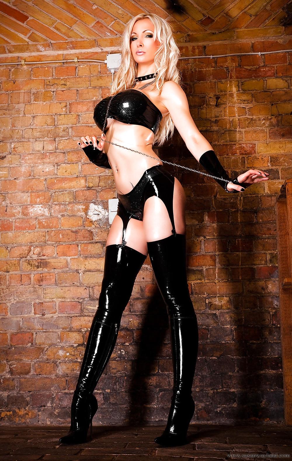 Кавалли секс госпожа в высоких сапогах фото мазо