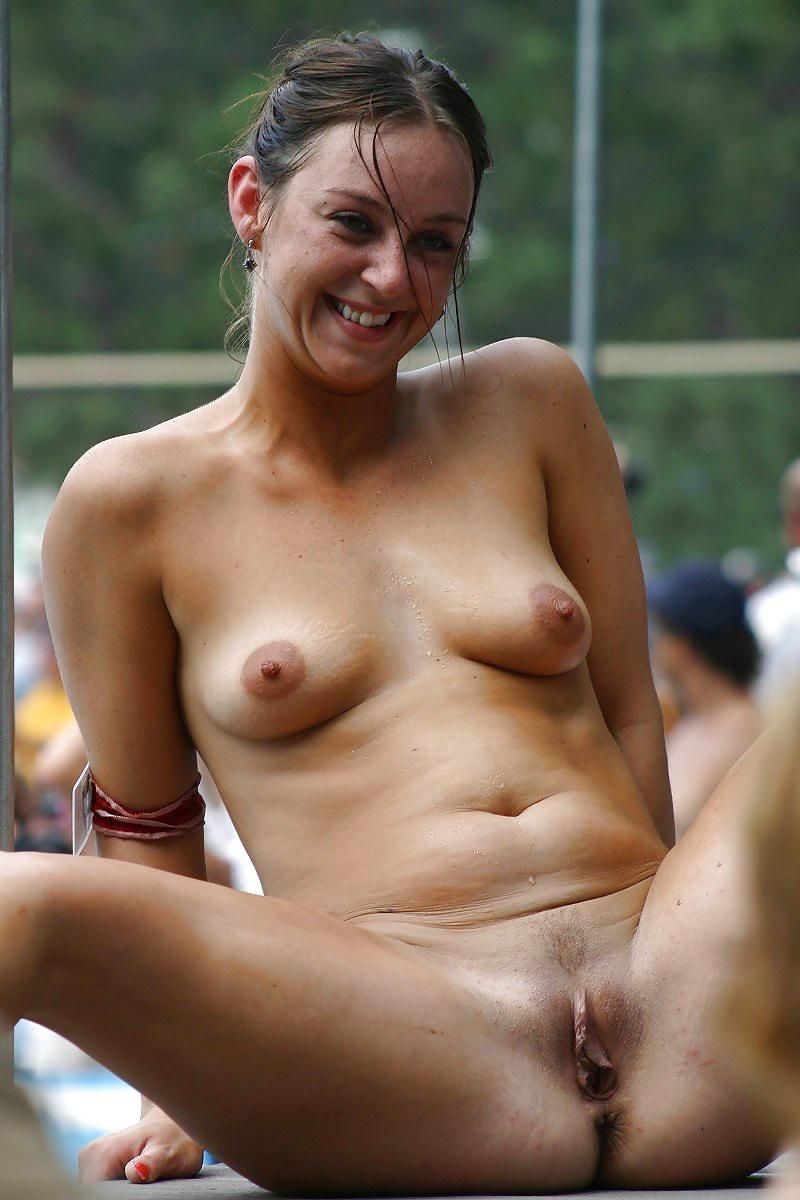 Real women nude in public