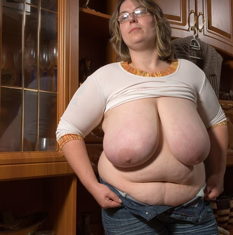 Mature - Not Naked - 40 Pics