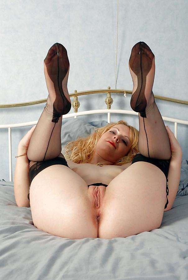 Midgets with big asses