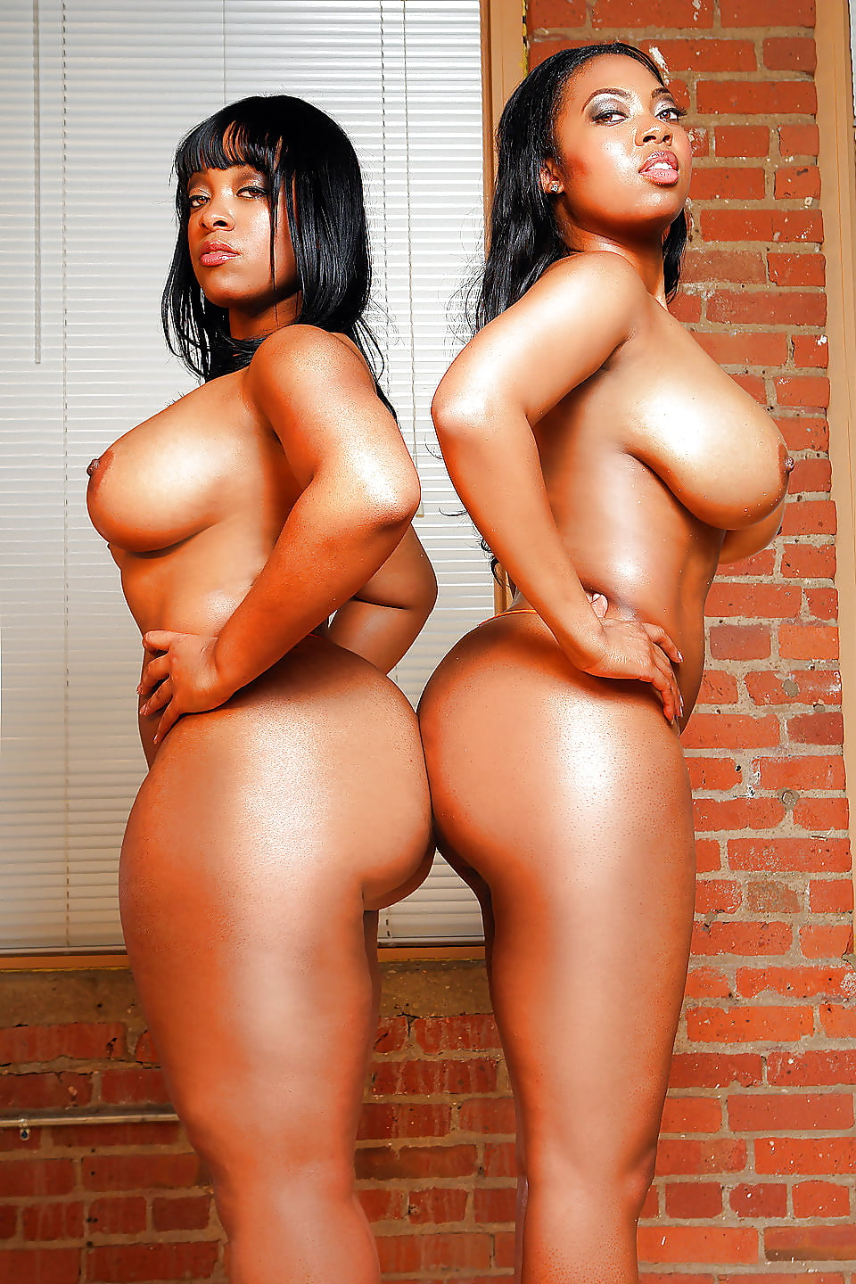 Black Huge Tits And Ebony Big Butt Of Ms Yummy