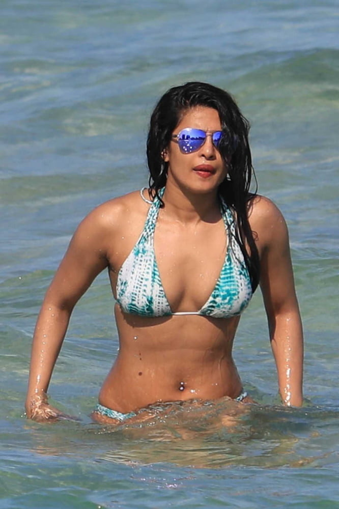 Priyanka chopra fake nude photos-3661