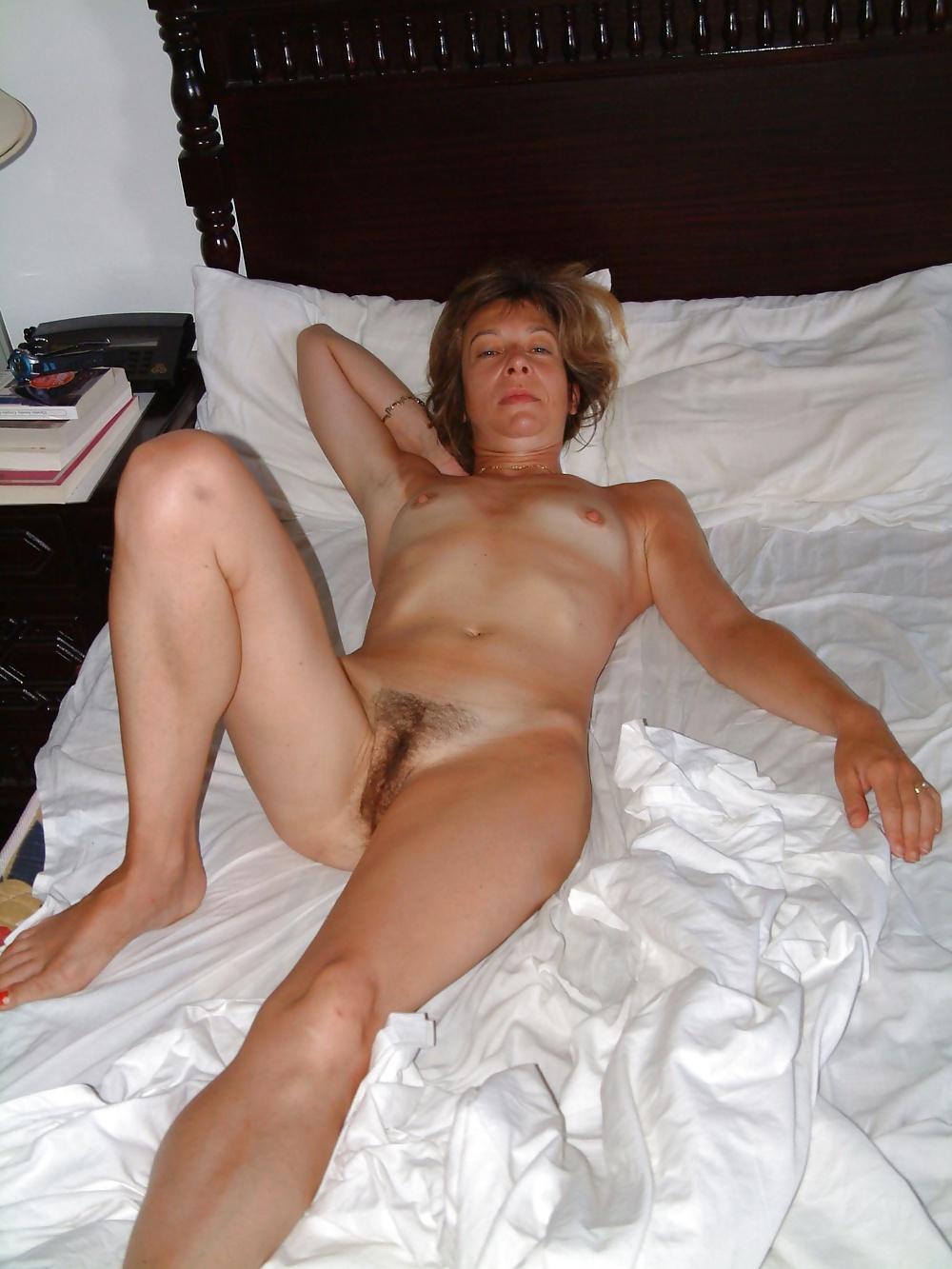 Naked mature women pics