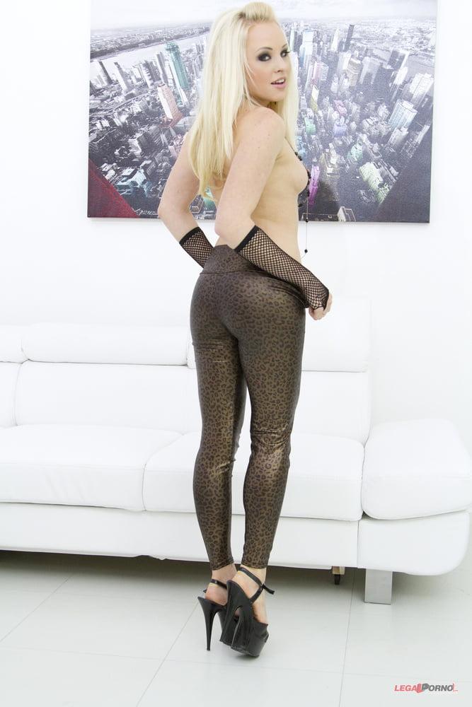 Lola taylor porn