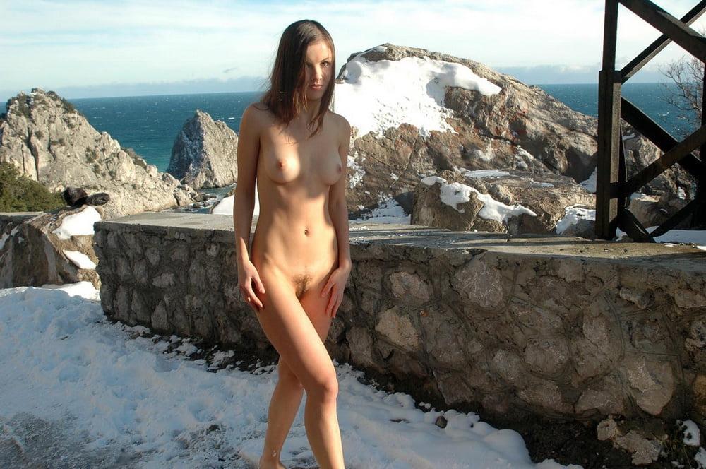 Nude hiking girls photos lol