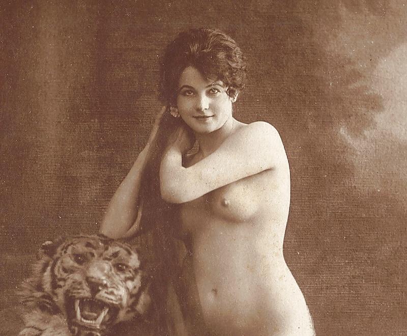 Bearskin rug naked woman