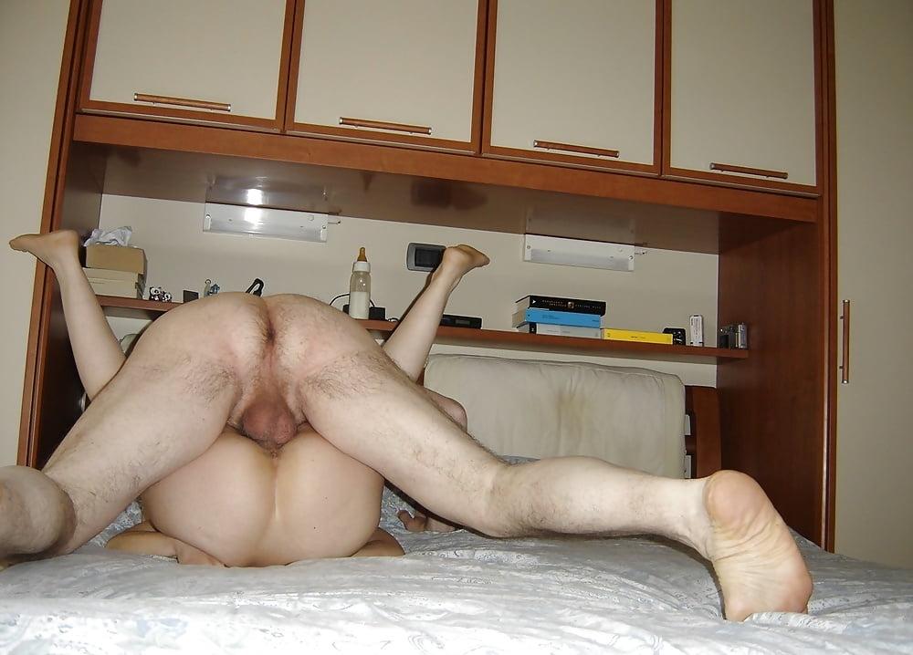 Порно фото на кровати домашнее — img 9
