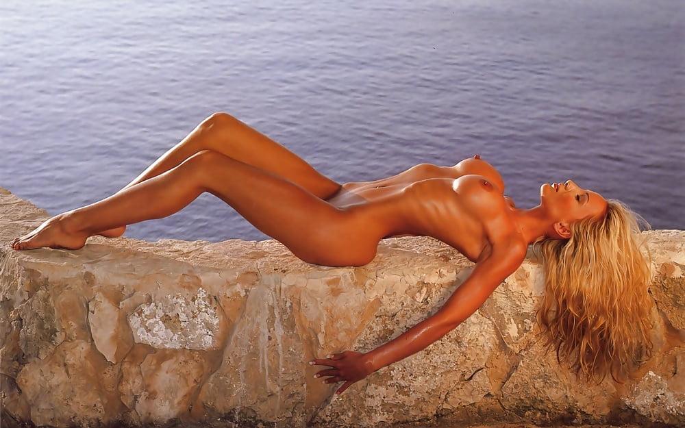 Sexy women desktop wallpaper-5684