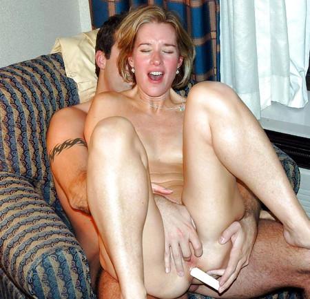 Lesbian milf kissing porn