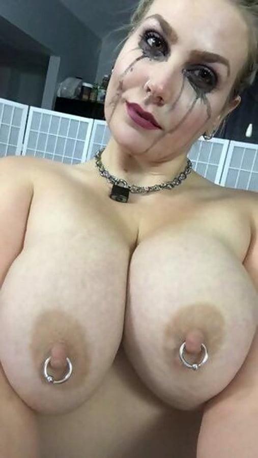 Fun Slut... Good for Titty Fight - 23 Pics