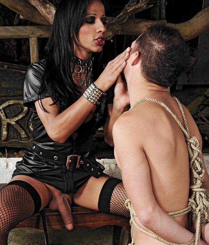 Shemale Mistress Fuck Male Slave
