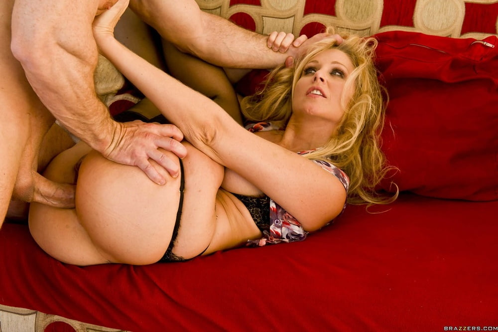 Blonde Chick Julia Ann Gets Butt Fucked In Order To Get Divorce Papers 1