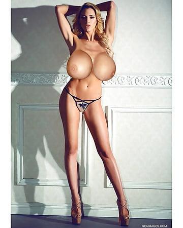Yoonie naked