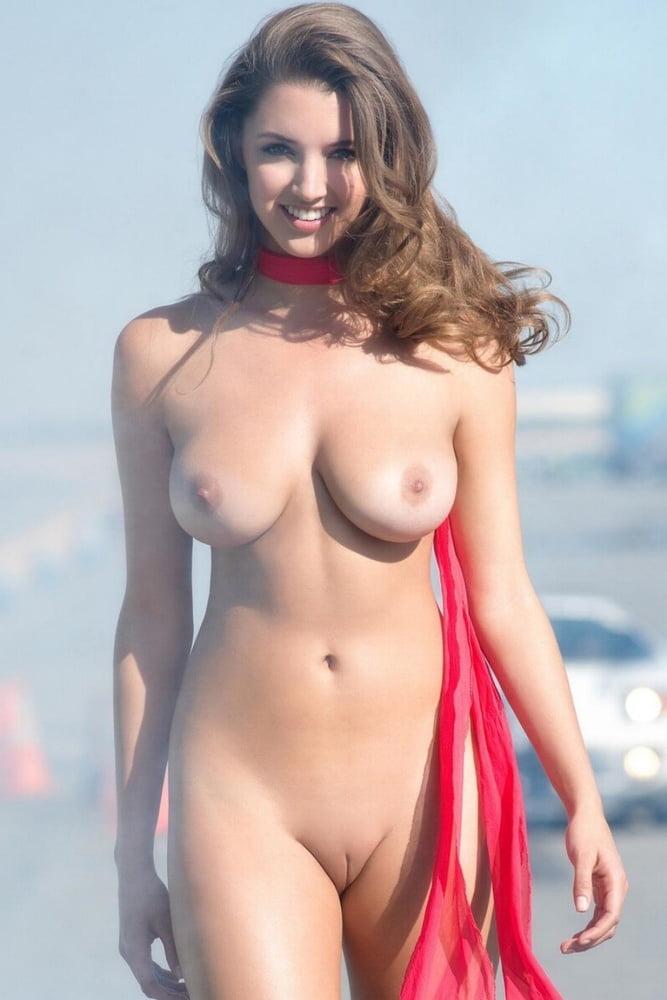 Amateur floppy tits