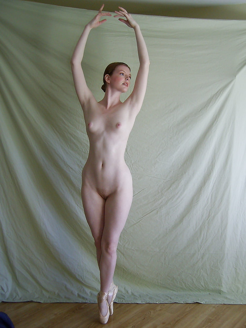 nude-dancer-amature