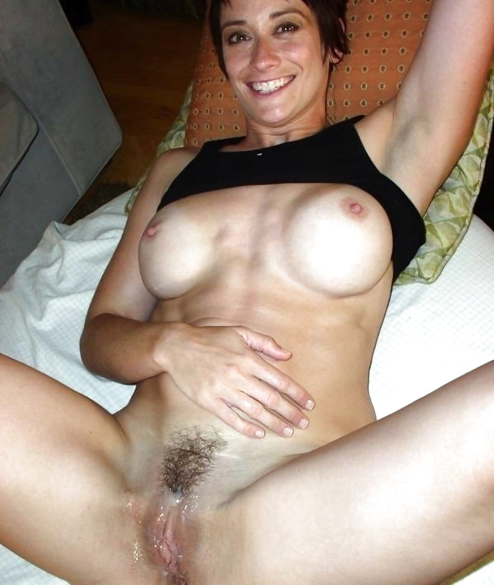 nude-mom-trimmed-pussy-ucsb-after-party-fuck