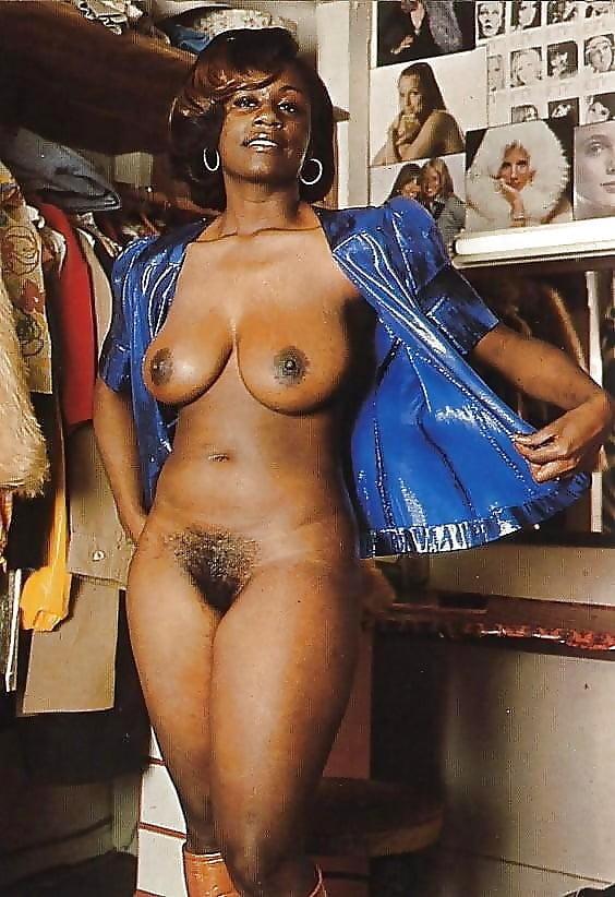 Retro black woman naked — img 11