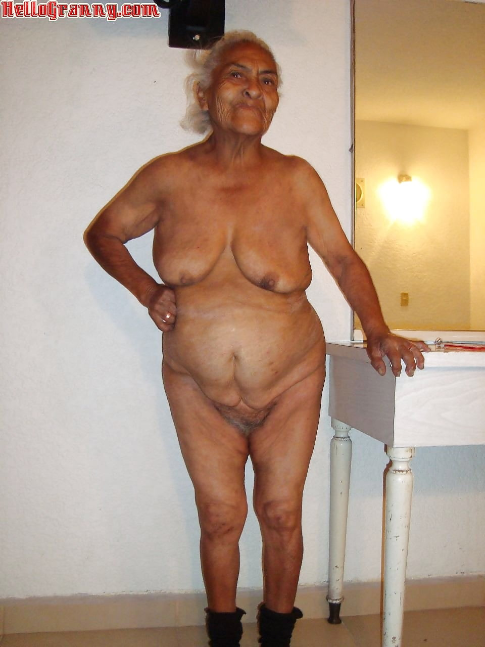 Indian mature sex pics, women porn photos