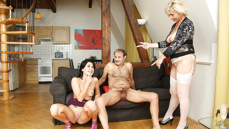 House Of Perversions Anal Fisting, Bisexual In Real Orgy