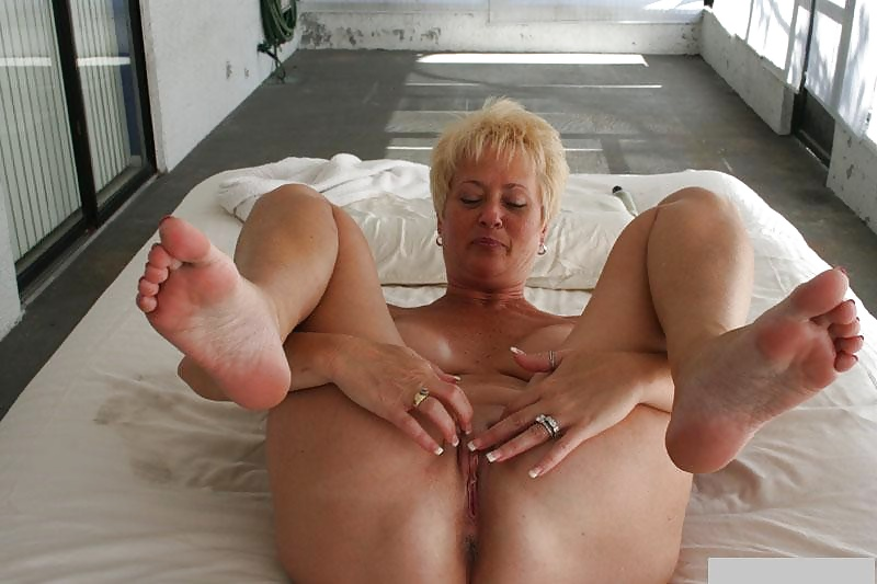 Mom Feet, Porn Galery