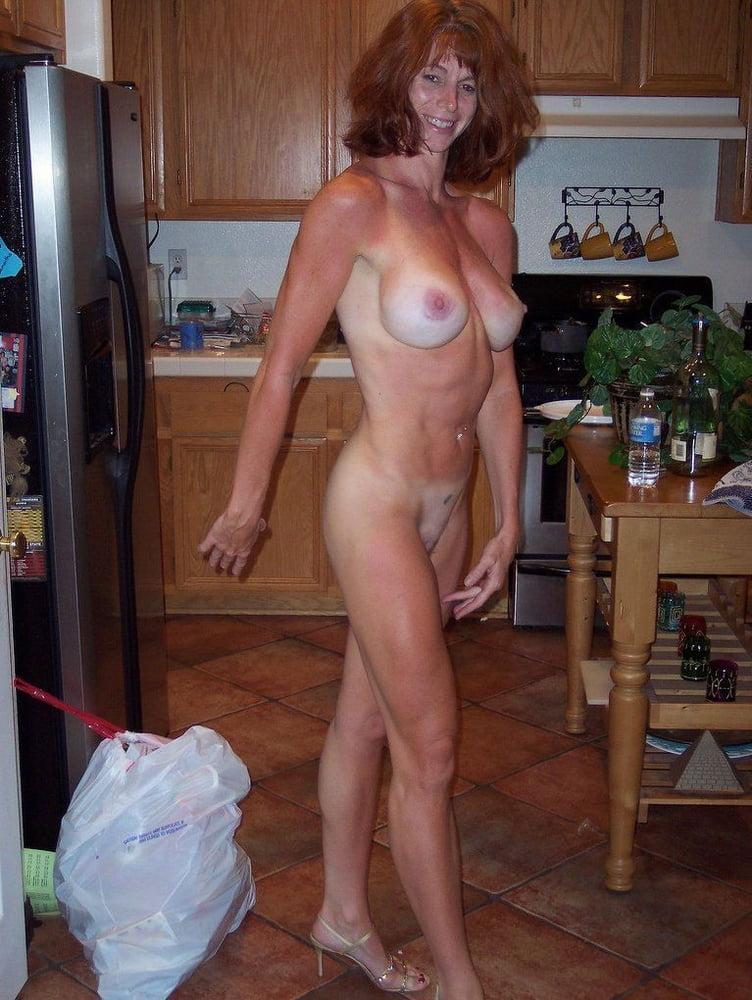 amateur voyeur boobs