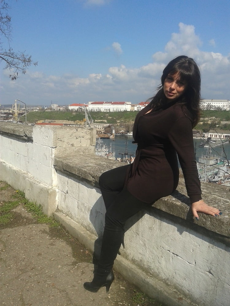 Natalia P - 12 Pics