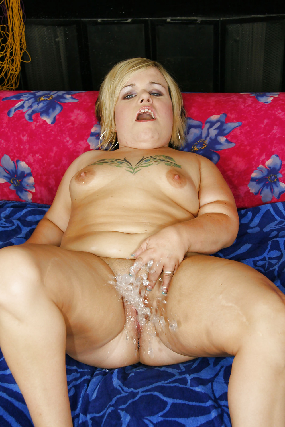 Dwarf daughter gets her pussy fucked by her parents