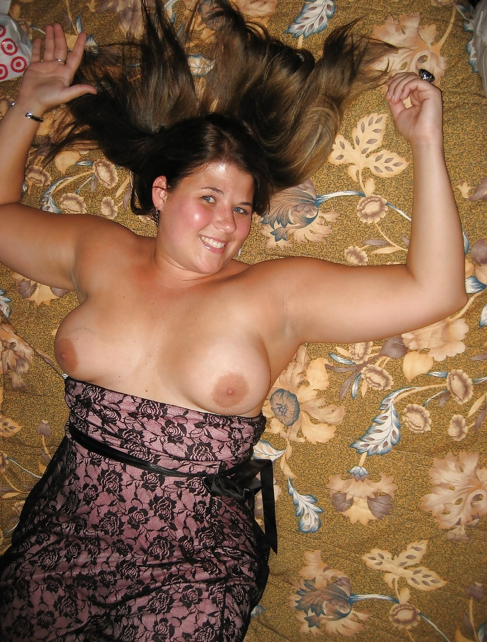 Girls boobs fall out