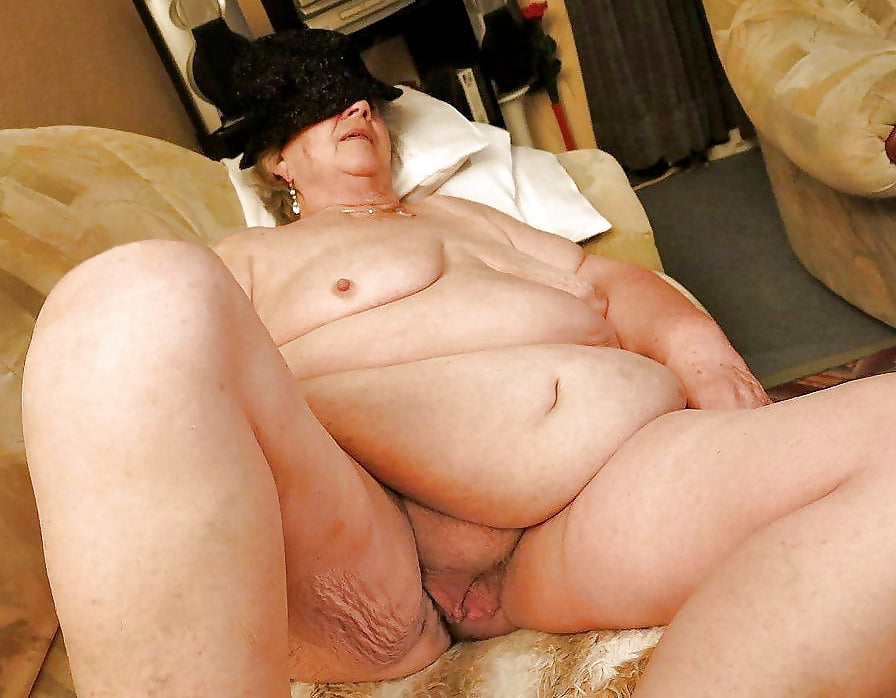 Old Chubby Granny Masturbate With Mature Man And Yound Girl Xxx Fake Sex Galery