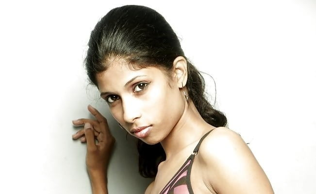 See and Save As indian model nude photoshoot porn pict