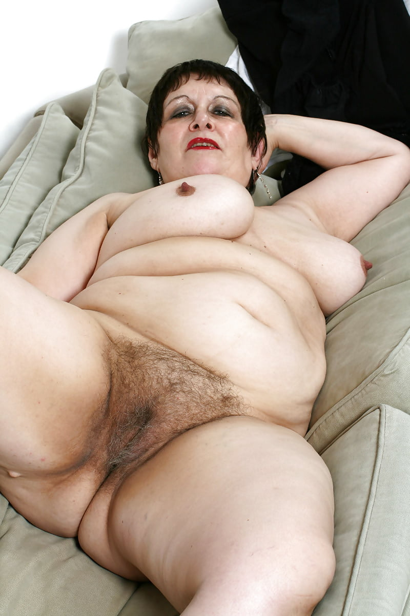 New porn 2020 Mature wife pussy spread