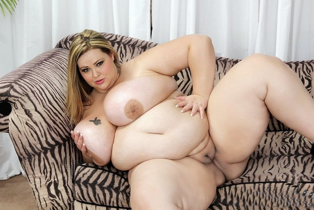 Unique Nude Wrestling Pictures With Super Sized Bbw Fighers