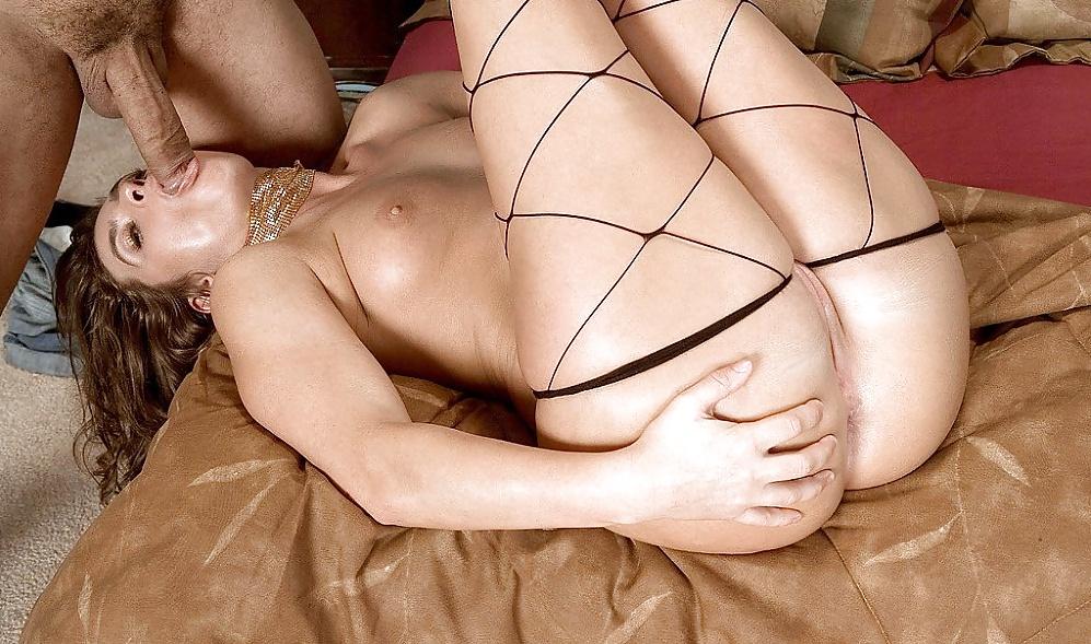 Смотреть онлайн наоми рассел в порно — pic 12