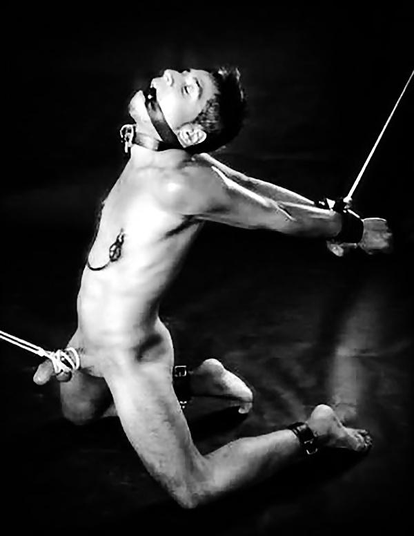 galleries-mature-explicit-male-bondage-sex-with