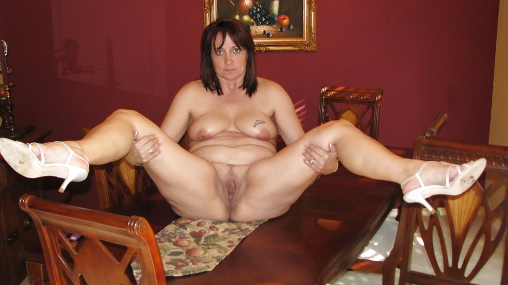 This sexual naughty housewife loves dressing to get very naked
