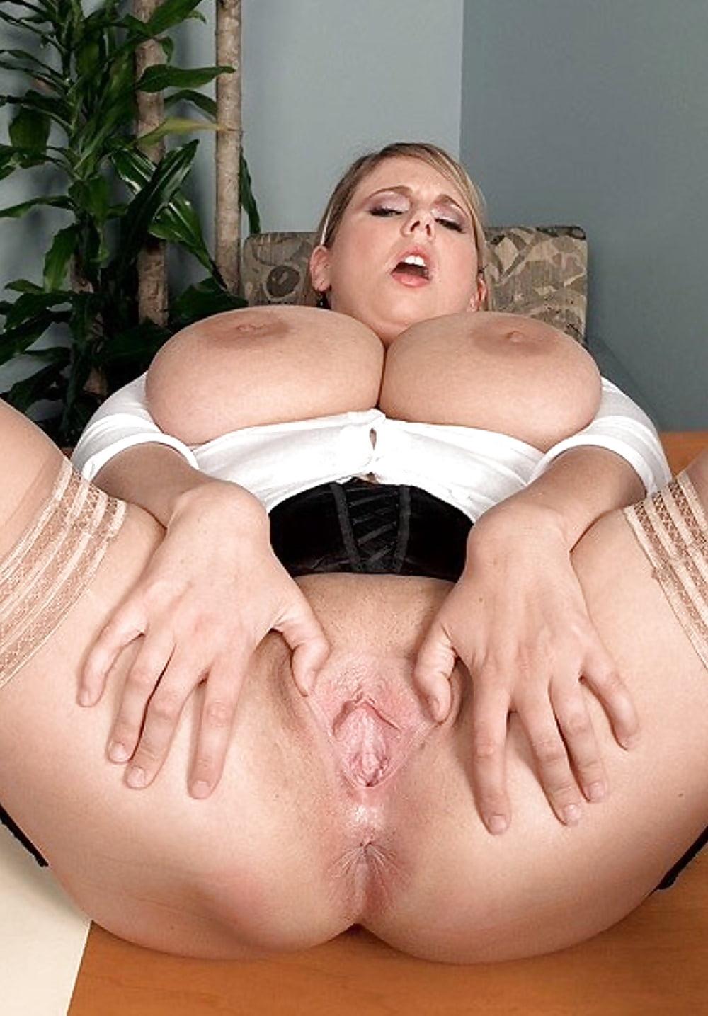 смотреть порно фото пышные формы крупный план - 9