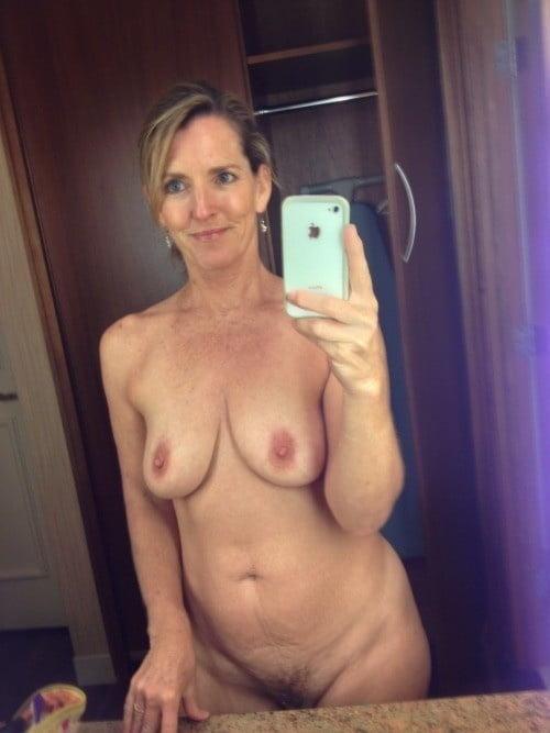 Older Bolder Women 40 - 48 Pics