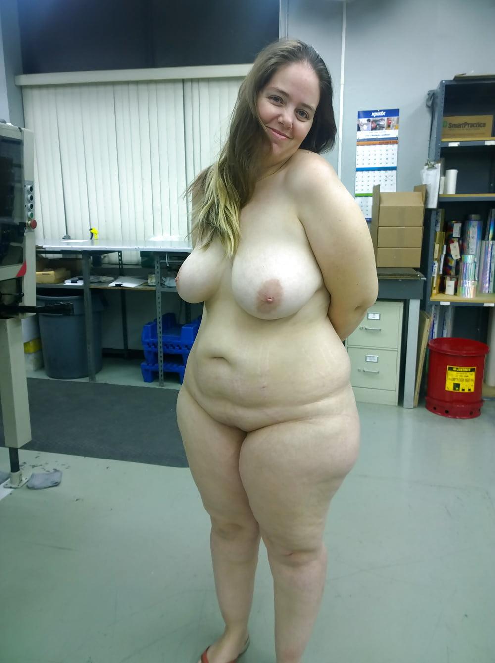 Fat nude hips of girls licking lesbians slut