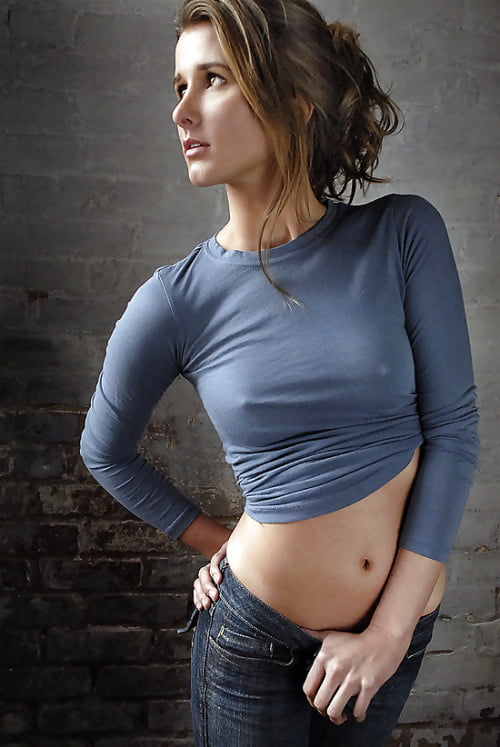 Huge amatuer tits in tight clothing