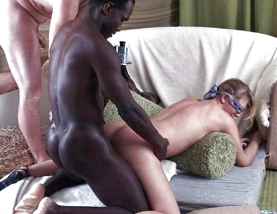 Open Legs And Blindfolded Wife Gets Surprise On Husband With Huge Black Cocks Penetrating Hit