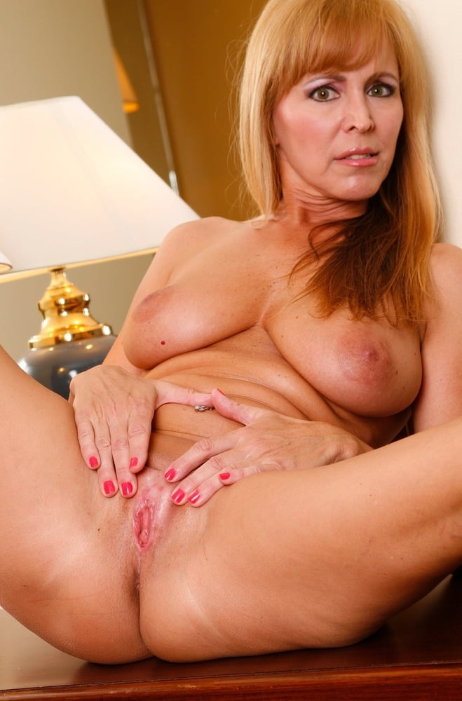 Showing porn images for nicole moore creampie porn