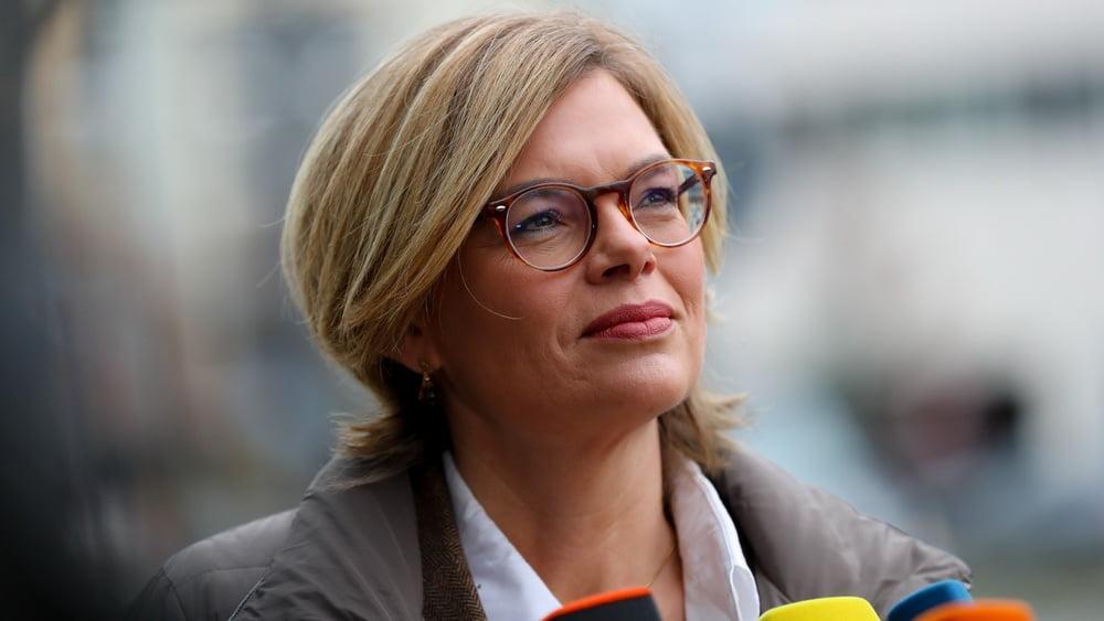 Pauli-Affäre: CSU-Rebellin will Stoiber durch Urwahl