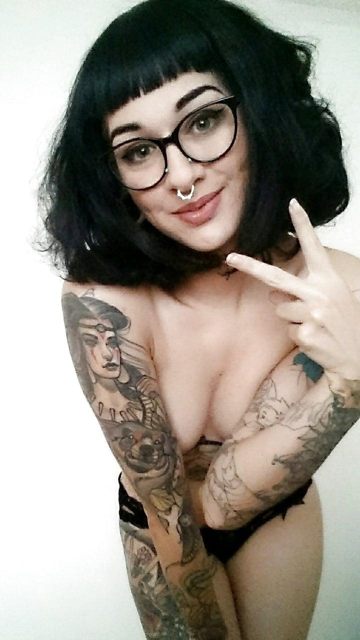 Góndolas desnudarse chicas Sexy
