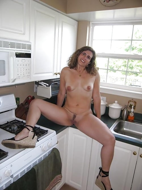mature-wife-in-kitchen